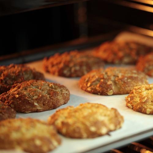 Sydney Restaurant's 'Anzac' Biscuits Get Slammed