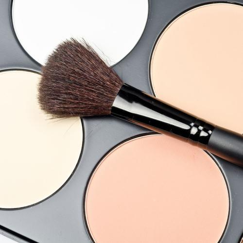 There's A New Contouring Trend & So Many Of You Will Hate It