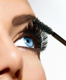 Removing Waterproof Mascara Without Pulling Eyelashes Trick!