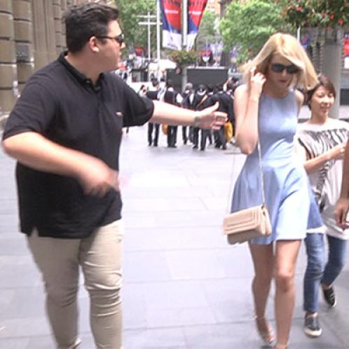 'Taylor Swift' Walking Through Sydney Cbd Causes Chaos