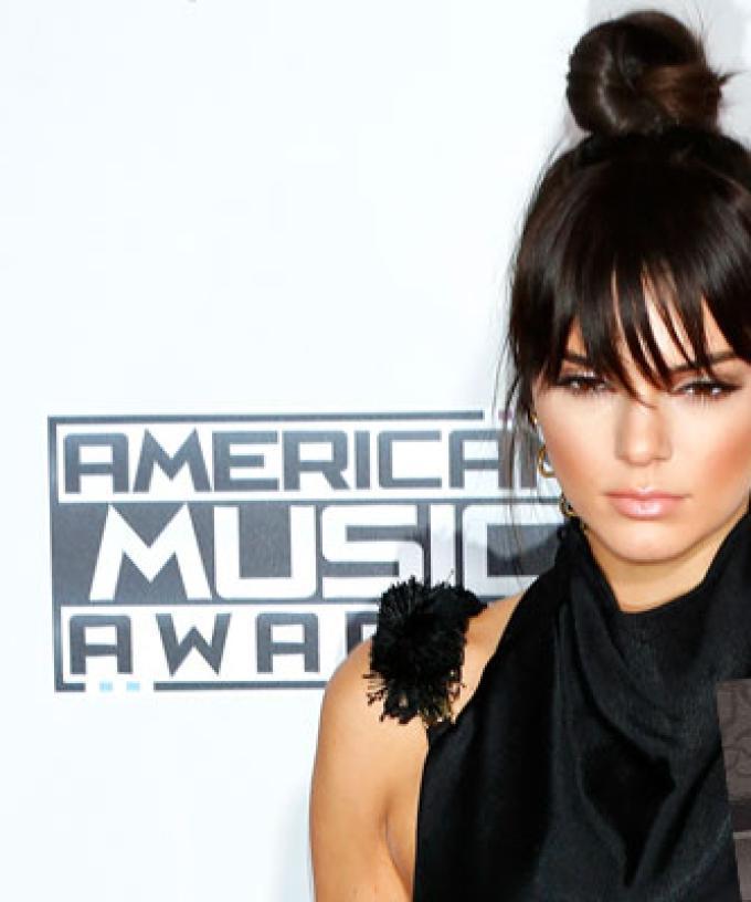 Kendall Jenner Trolls Bodyshamers By Getting Back On A