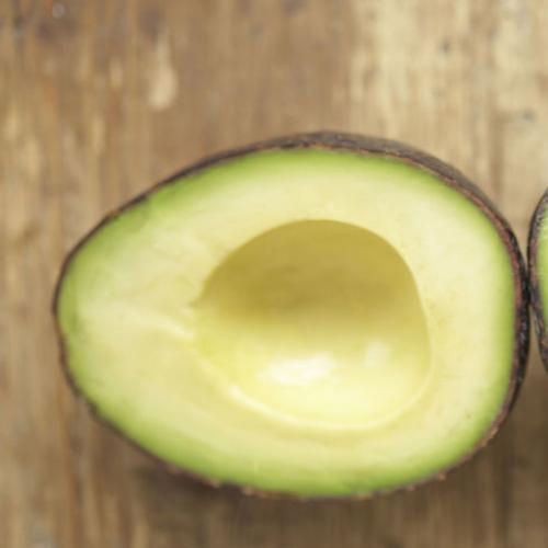 Genius Hack To Ripen A Hard Avocado In Just Ten Minutes!