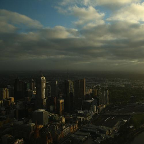 Severe Weather Warning Issued For Sweltering Melbourne