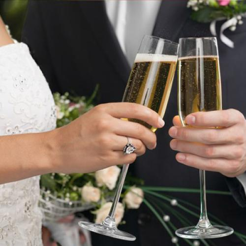 Very Controversial Wedding Decision Has The Internet Divided