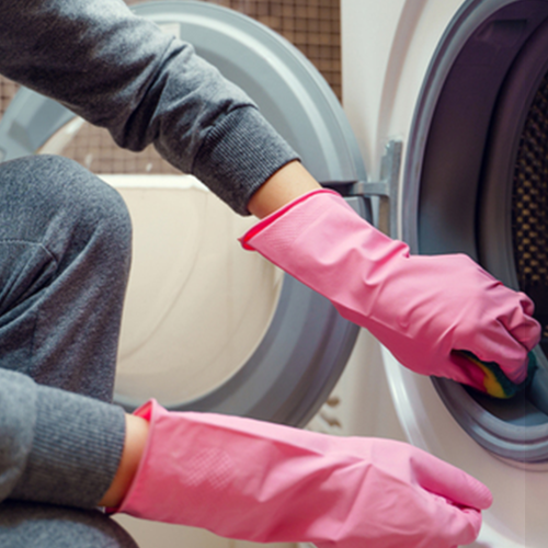 Womans 'Disgusting' Washing Machine Cleaning Trick Has Left People Confused And Amazed