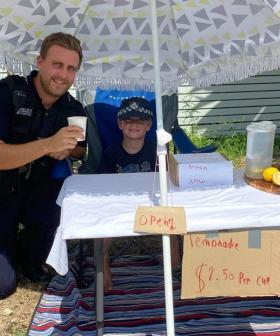 Police Officers Heartwarming Act To Help Young Boys' Bushfire Fundraising Lemonade Stand