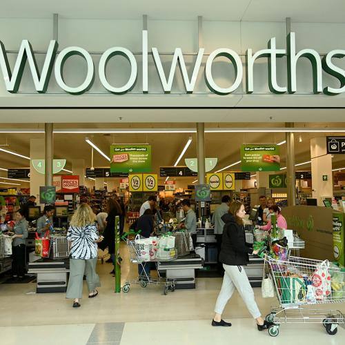 An Odd Sign At A Woolworths Checkout Has Left Shoppers Confused
