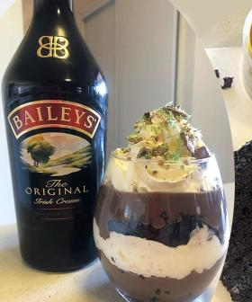 Australia Is Going Nuts For This Baileys PARFAIT Out Of A Woolies Mudcake!
