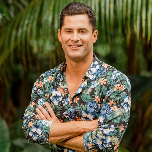 We've Got Out First Look At Resident Stage Five Clinger Jamie On Bachelor In Paradise