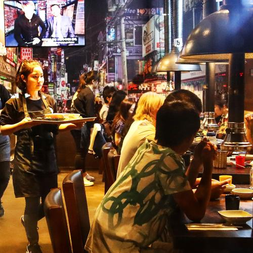 Pubs, Bars And Restaurants Push Premier To Hasten Easing Of Hospitality Restrictions