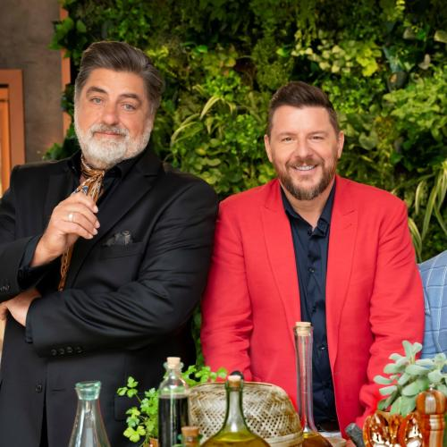 """Putting The Cravat To Shame"" - Manu And Matt Preston In A Style War"