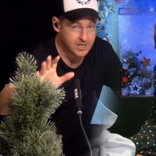Jase & PJ's Christmas Decoration Challenge