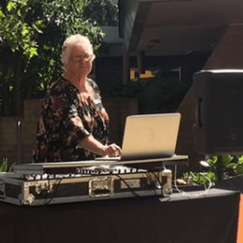 "It Turns Out Plenty of ""Young Old People"" Like DJ Sue Are Living In Melbourne"